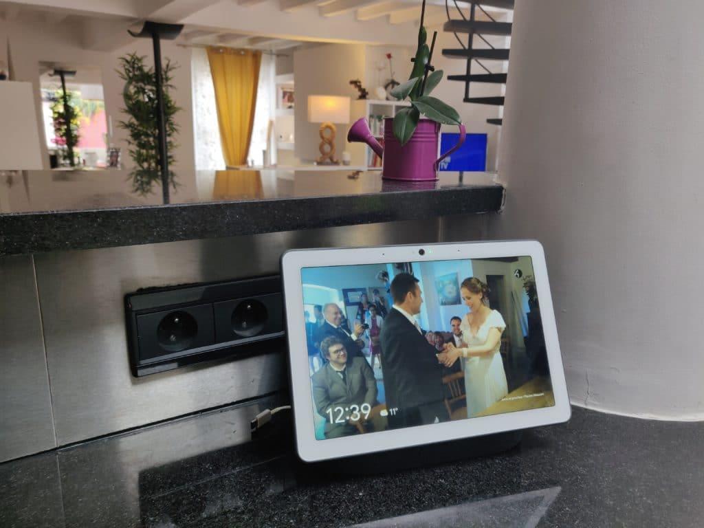 Un beau mariage sur un beau cadre photo Google Nest hub max